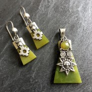 Serpentine Pendant & Earrings