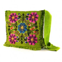 Green Ayacucho embroidered bag
