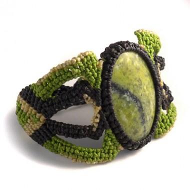 Serpentine macrame bracelet