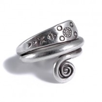 Hilltribe spiral Thai silver ring